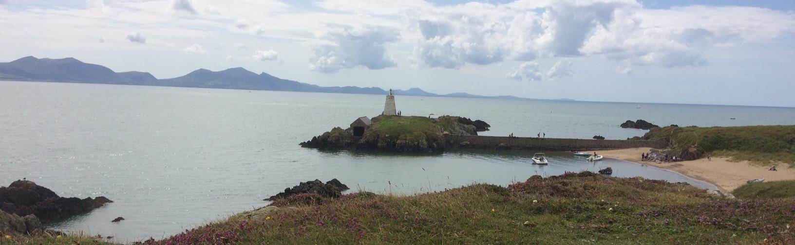 Anglesey Coast Path - Llandddwyn-isalnd